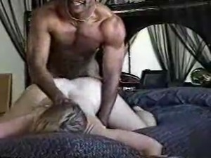 Black hammer fucks amateur white wife
