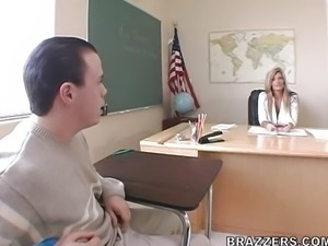 Kristal Summers - Big tits at school