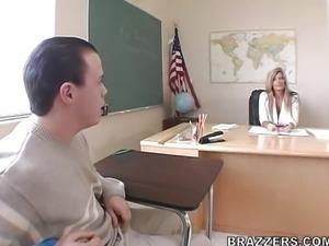 Kristal Summers - Big tits at school