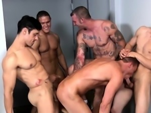 Construction hunks cumshot in group