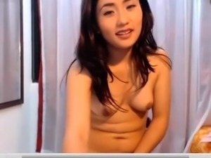Sexy Asian Loves to Fuck Dildo