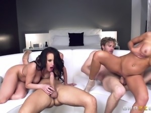 Two stunning cougars enjoying each second of the foursome drilling