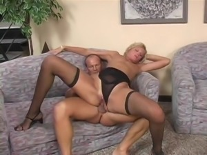 Blonde Hardcore Double Penetration And Cock Sucking