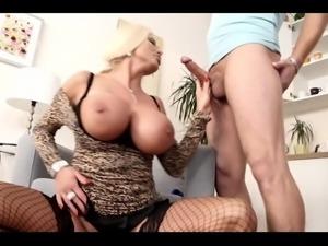 Cougar, quick sex