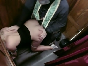 Dissolute blonde chick Victoria fucks a horny priest