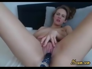 Hot Blonde Babe Dildoing Her Pussy On Cam