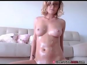 Blonde striptease body with oil live porn webcam show