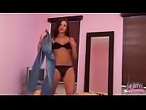 Strip no quarto bem sensual