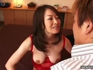 Japanese hottie Sayoko Machimura gets crazy about riding stiff dick