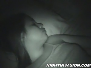 Her cute pussy got fucked in the dark night