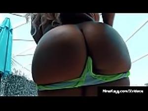 Dildo Banger Nina Kayy Stuffs Her Pussy Poolside!